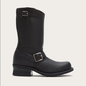 Women's Frye Engineer 12R black boot size 10